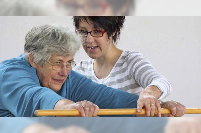 Seniorinnen mit Spaß an Bewegung