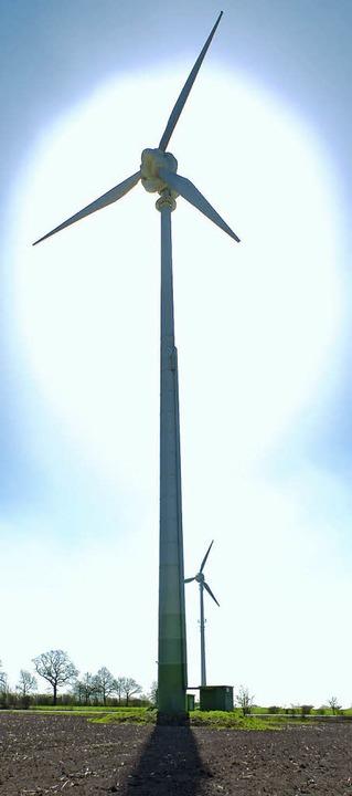 Die  Nutzung von Windenergie wollen di...n und im Hotzenwald gemeinsam planen.   | Foto: DPA