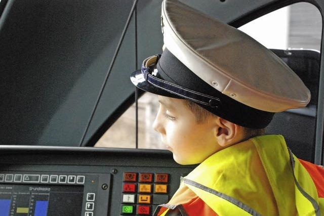 Kinder erkundeten das Cockpit