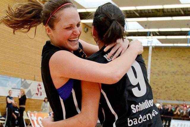 Eisvögel erreichen Halbfinale um die Basketball-Meisterschaft