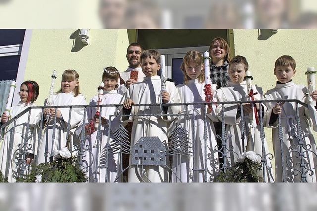 Sieben Kinder .