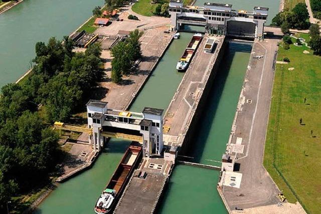Der Rost nagt: EdF saniert Schleusen am Oberrhein