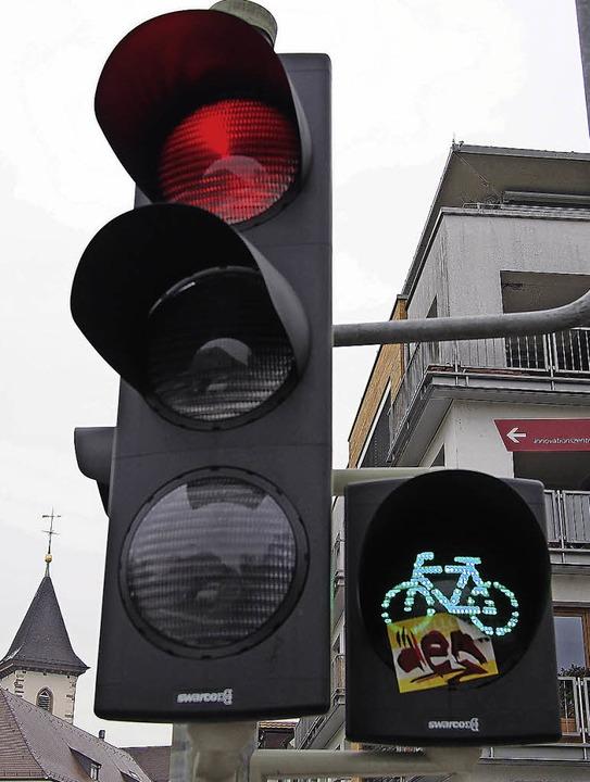 Grünes Licht für bessere Radwege fordert  die IG Velo.   | Foto: Balazeskul