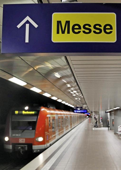Streitpunkt: der Bahnhof an Messe und Flughafen   | Foto: DPA