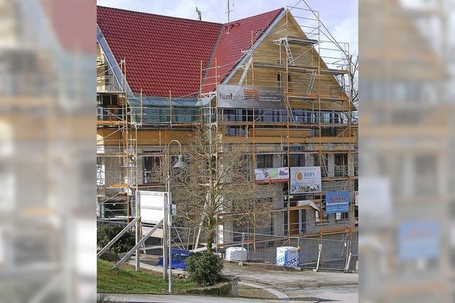 Türen fürs Gemeindehaus werden teurer