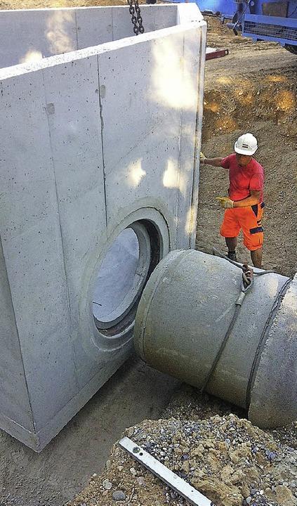 Sehr alt und ganz neu treffen im Bauge...nobel ein neues Regenüberlaufbauwerk.   | Foto: B. Führer (Büro Raupach & Stangwald)/A. Huber