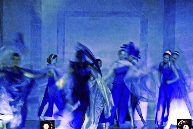 Tanz-Theater um die Schneekönigin