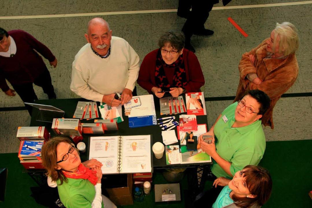 Gute Stimmung herrschte an den Ständen der Seniorenmesse.  | Foto: Friederike Marx-Kohlstädt