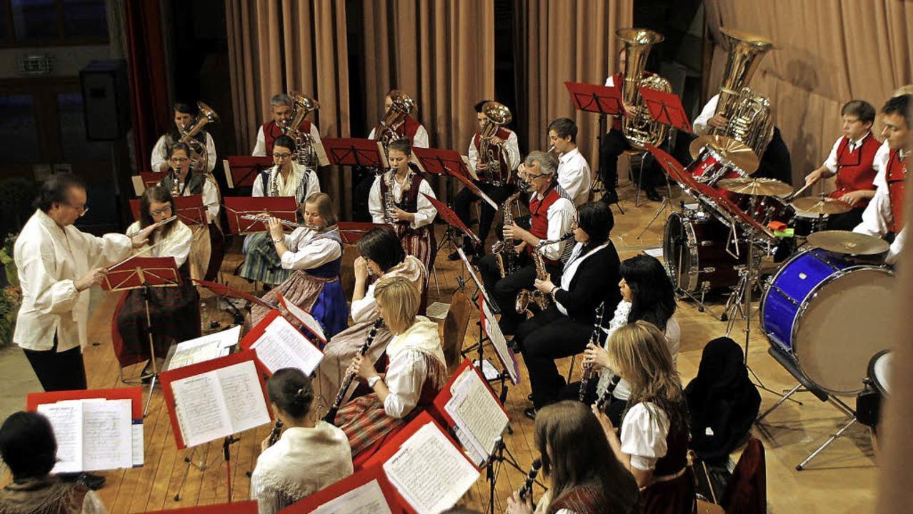 Experimentierfreudig: Ein klassisches ...d sein Dirigent servieren  Exotisches.  | Foto: Heidi Foessel