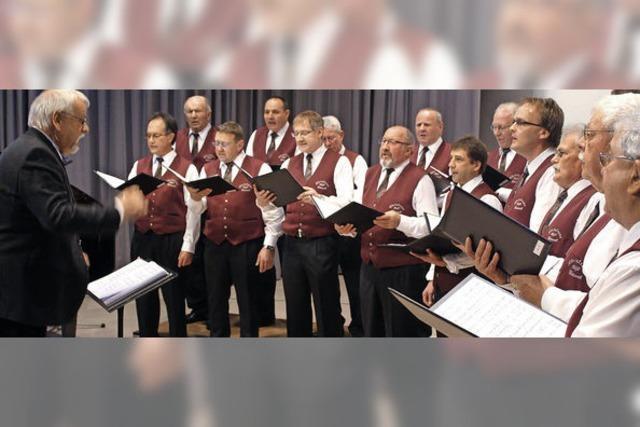 Beschwingter Gesang und eine turbulente Männerwirtschaft