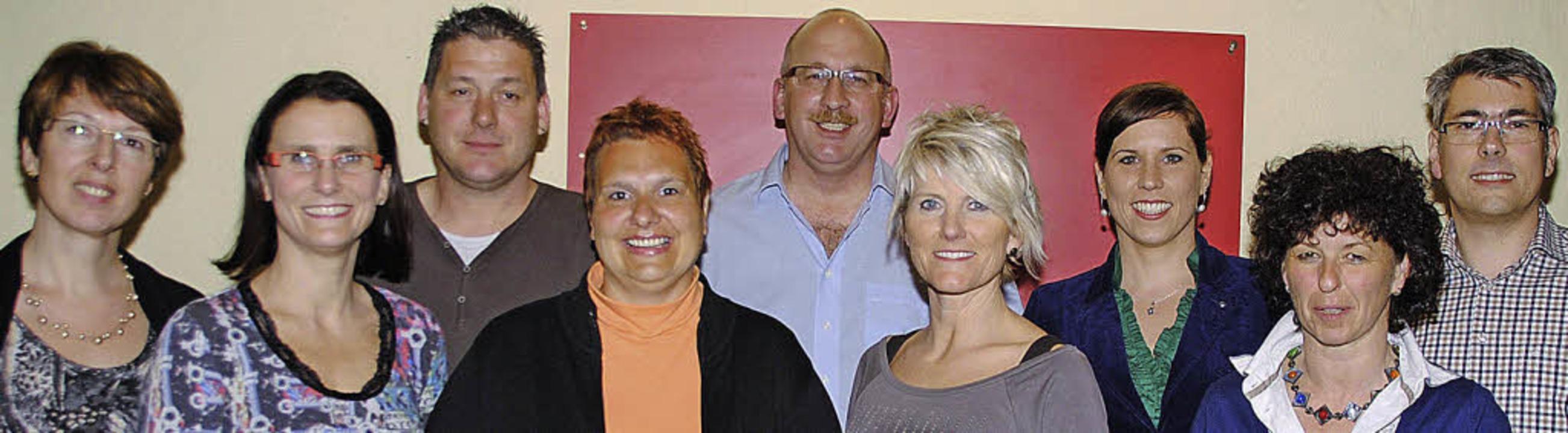 Der Vorstand mit Xenia Schopp, Beate K...le und Peer Nils Schröder (von links)   | Foto: SEDLAK