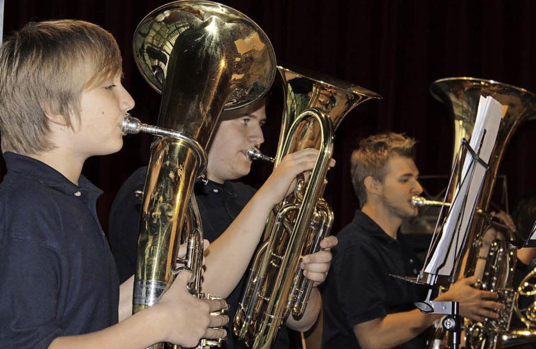 Das tiefe Blech des Jugendorchesters Mahlberg  | Foto: adelbert mutz