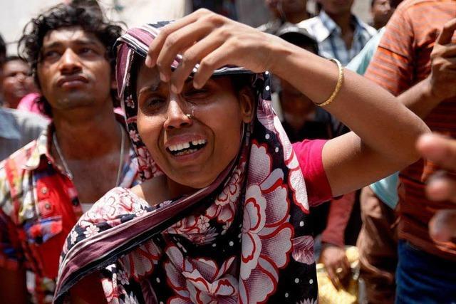 Viele Tote bei Einsturz von Gebäude in Bangladesch