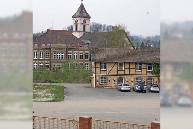 Schulstandort und die Stadthalle