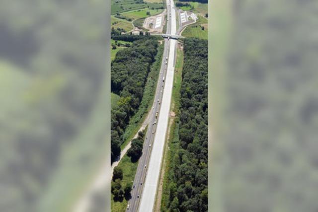 Neue Straßen und Brücken: Resolution des Kreistags