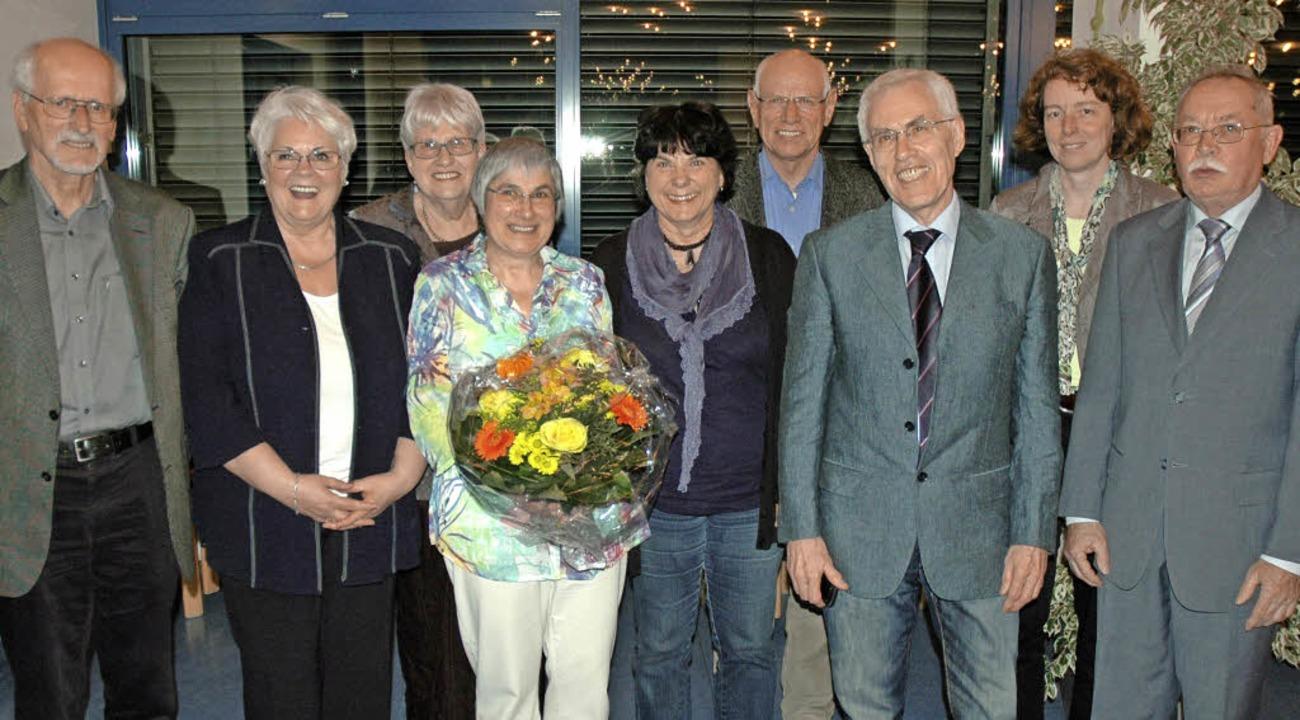 Horst Donner, Elaine Leypoldt, Senta G...eize (von links) bilden den Vorstand.     Foto: Britta Wieschenkämper