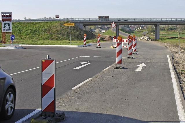 An Landstraße wird wieder gebaut