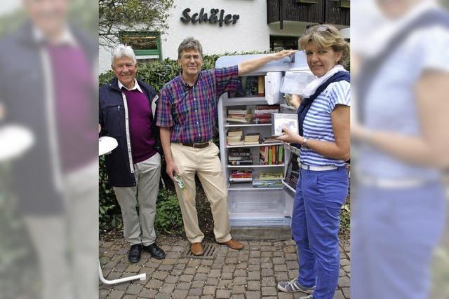 Ein Kühlschrank voll mit Literatur