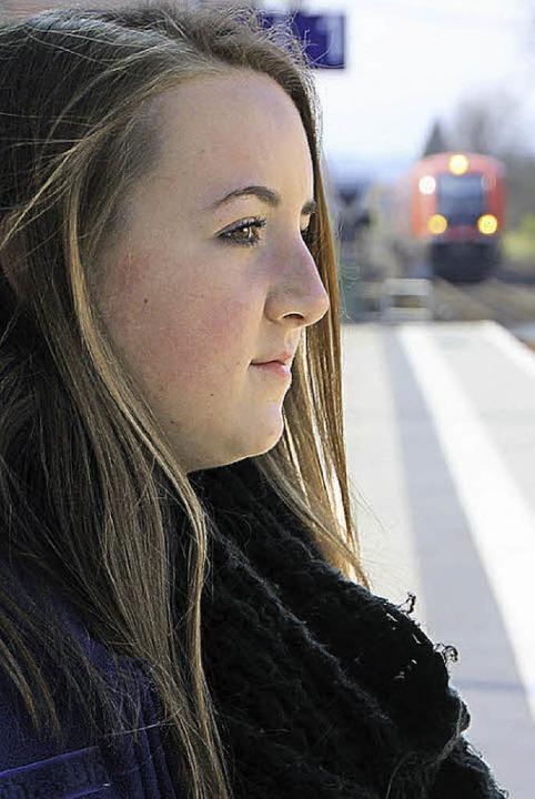 Marie-Therese Lutz findet den Bahnhof ...über langweilig und nachts unheimlich.    Foto: Bianca Fritz