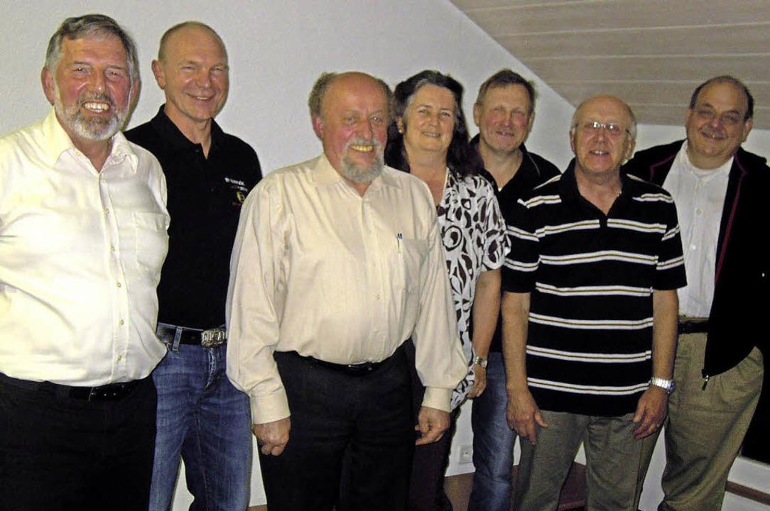 Hauptversammluing des Vereins Schmiedz...enger, Georg Dittrich und Peter Kainz.  | Foto: Jutta Rogge