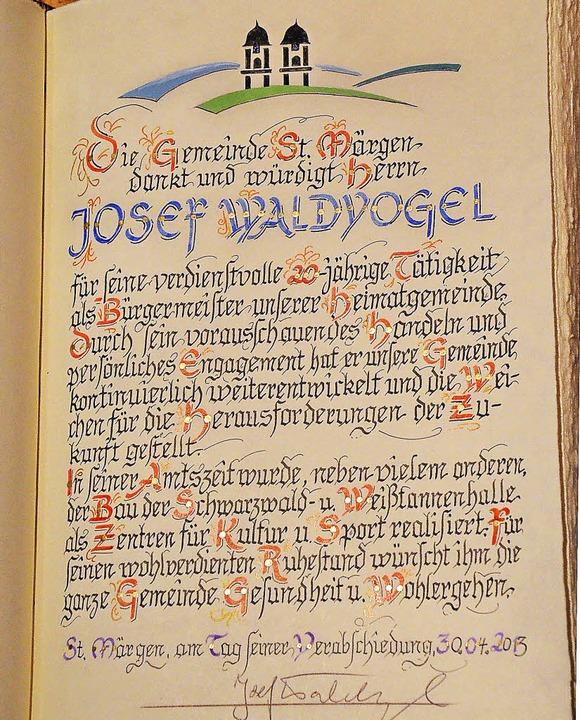 Der Eintrag für Josef Waldvogel im Goldenen Buch der Gemeinde  | Foto: Alexandra Wehrle