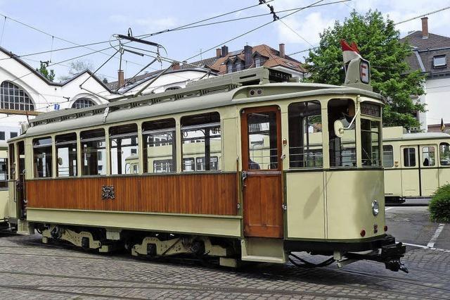 Oldtimertour mit den Freunden der Freiburger Straßenbahn