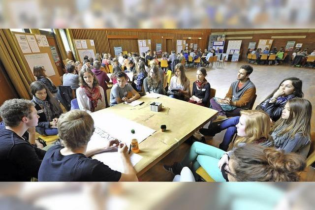 Jugendbüro und Schülerbeirat diskutieren mehr Mitsprache an Schulen