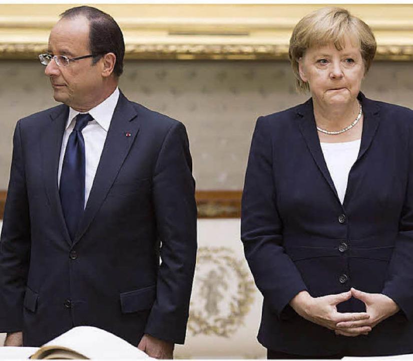 Die Stimmung zwischen ihnen war schon ...sident  Hollande und Kanzlerin Merkel   | Foto: Dpa