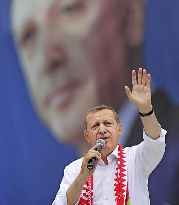 Will hoch hinaus: Ministerpräsident Tayyip Erdogan.   | Foto: dpa