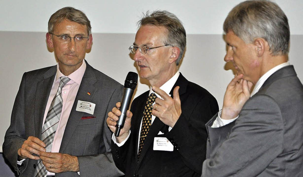 Auf Einladung von Bürgermeister Michae... Unternehmern und Kommunalpolitikern.   | Foto: Rainer Ruther