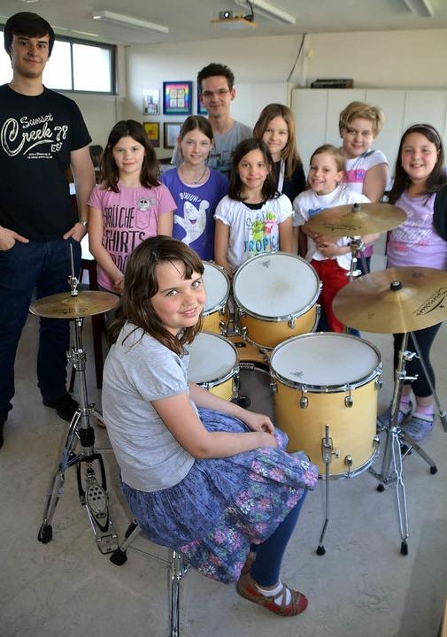 Der Atelier-Unterricht kommt bei den S...ind sie auch von den Musik-Angeboten.   | Foto: Martina Weber-Kroker