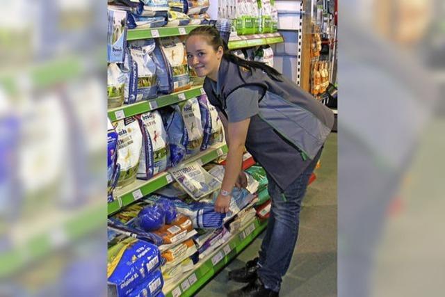 Ausbildungsberuf Groß- und Einzelhandelskauffrau: Bei Hannah Kuschewski bestimmt der Kunde den Tagesablauf