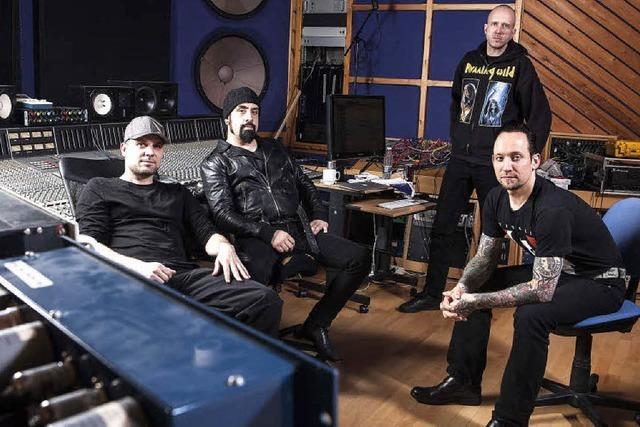 Die dänische Band Volbeat ist nicht nur wegen Gitarrenmusik populär
