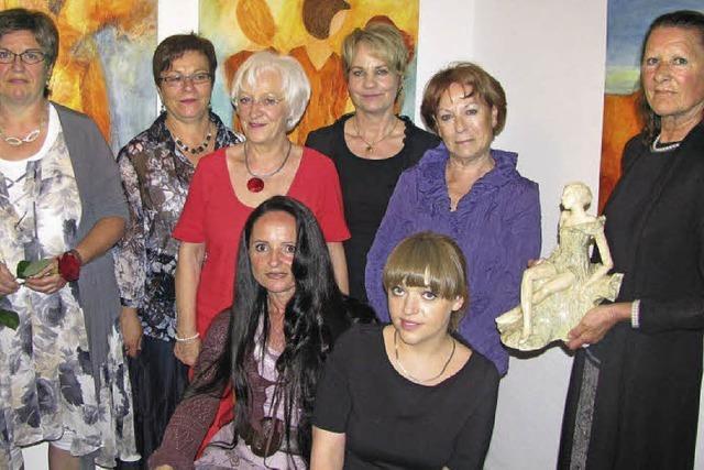 Acht Künstlerinnen – eine Ausstellung