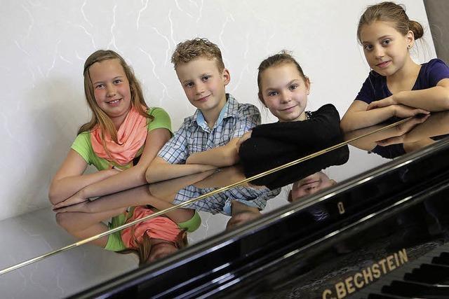Erfolge für kleine Pianisten bei Wettbewerb in Paris
