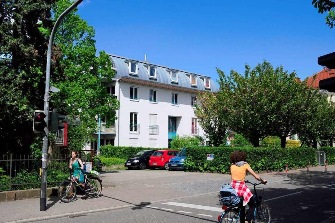 Heute befindet sich an dieser Stelle d...h-Stein-Haus für Studierende mit Kind.  | Foto: Thomas Kunz