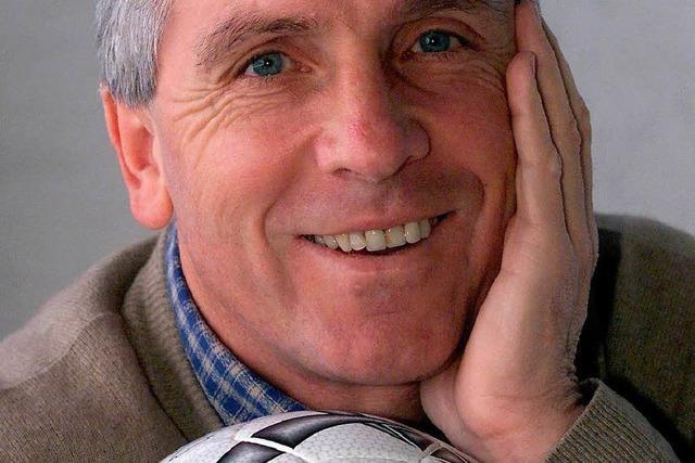 Schalker Altstars um Klaus Fischer spielen in Simonswald