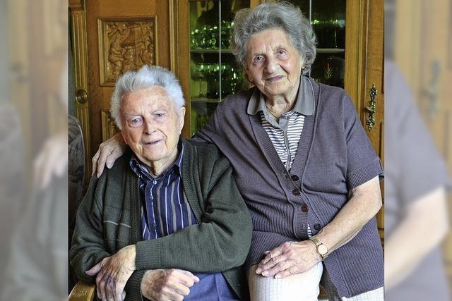 Alfons und Melanie Scheibmayr feiern in Freiburg-Haslach Eiserne Hochzeit