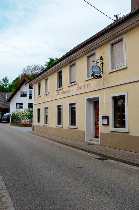 Im ehemaligen Gasthaus zur Sonne in Bo...nn aktuell mit acht Bennett-Wallabys.     Foto: Birgit Herrmann