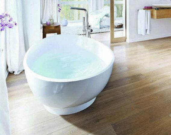haus garten im trend holzfu boden f rs bad badische. Black Bedroom Furniture Sets. Home Design Ideas