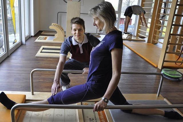 Ausbildungsberuf Sport- und Fitnesskaufmann: Pascel Dunkel verbindet Büro und Bewegung