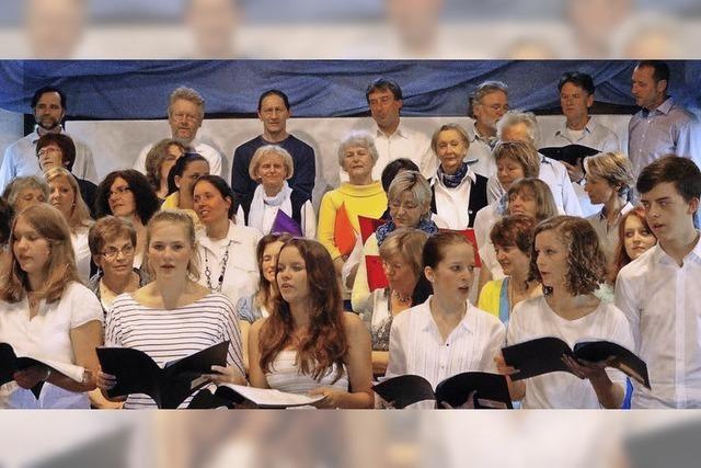 Gelungener Mix aus aktuellen Songs und Kirchenmusik