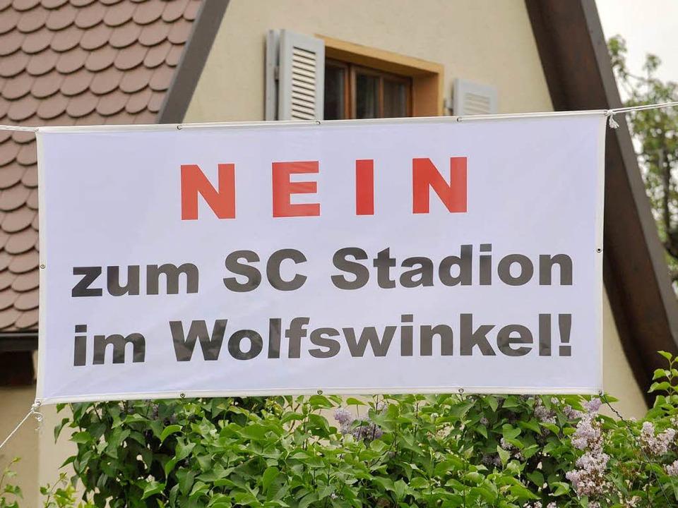 Im Stadtteil Mooswald formiert sich Wi... gegen ein neues Stadion am Flughafen.  | Foto: Michael Bamberger