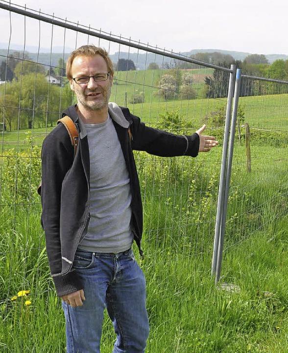 Im Sommer 2012 behördlich aufgestellte... sagt Altlastenexperte Martin Forter.   | Foto: Annette Mahro
