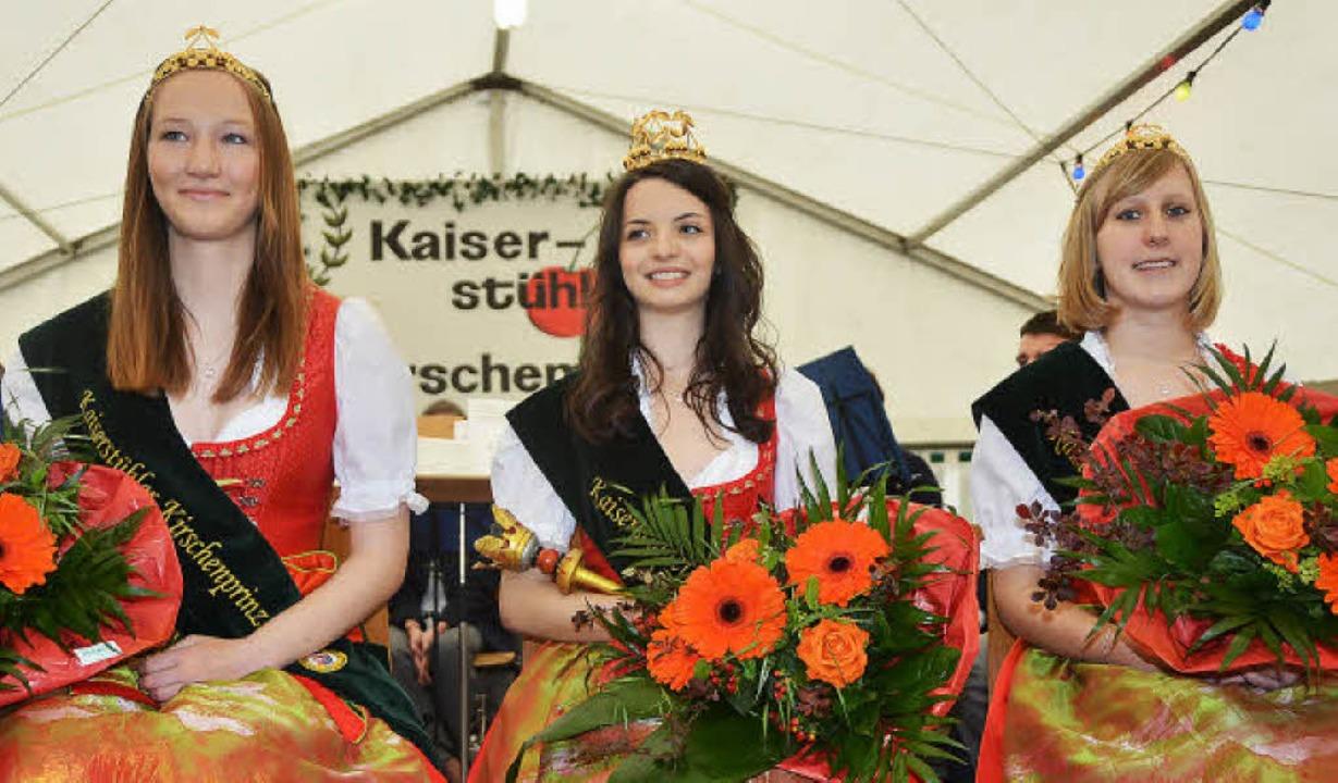Die  neugewählten Kirschenhoheiten: In...fert, rechts Prinzessin  Monja Mamier.    Foto: Roland Vitt