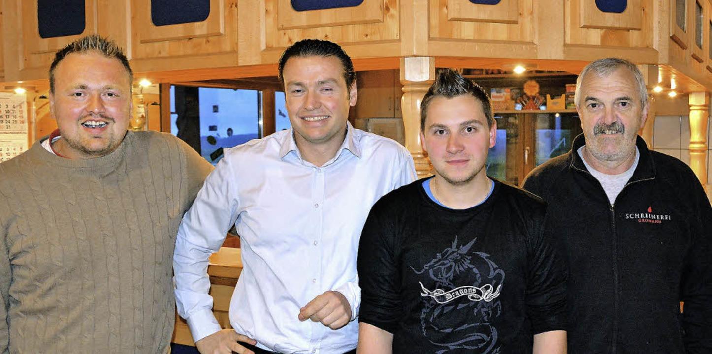 Tobias Kögel (von links) und Andreas W...an Christian Gantert und Alfons Selb.   | Foto: Patrick Burger