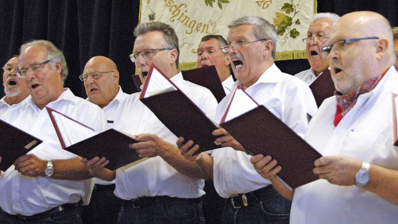 Der Männerchor Fischingen  lud wegen d...aus Gospels, Schlagern und Evergreens.    Foto: Regine Ounas-Kräusel