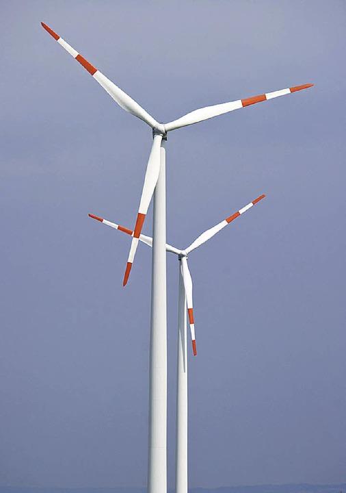 Mit  Windkraft soll die Energiewende schneller vorankommen.     Foto: dpa