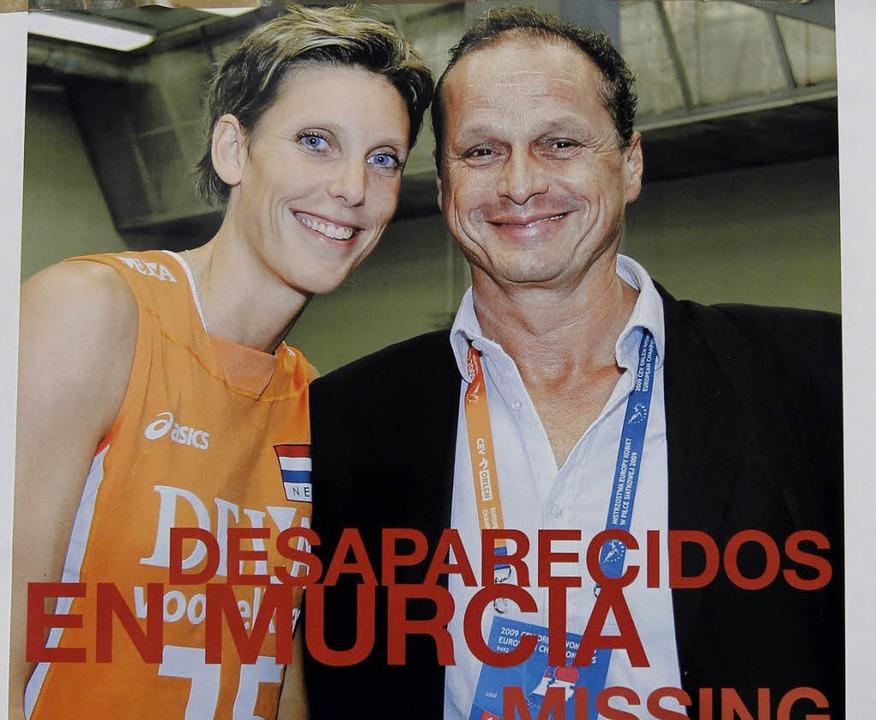 Ingrid Visser und Lodewijk Severein auf einem der Suchplakate   | Foto: dpa