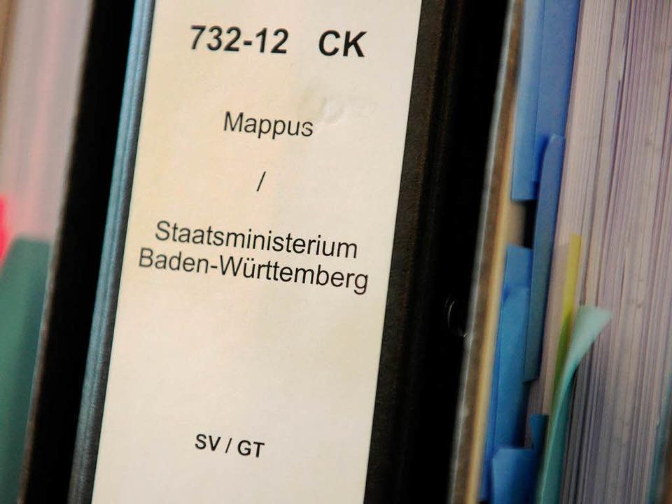 Stefan Mappus will vor dem Verwaltungs...nt Baden-Württembergs gelöscht werden.  | Foto: dpa